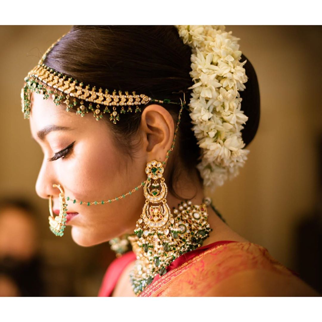 Side profile of gorgeous bride