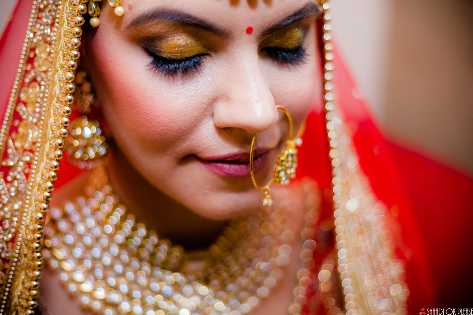 Bridal Golden Smokey Eye Makeup