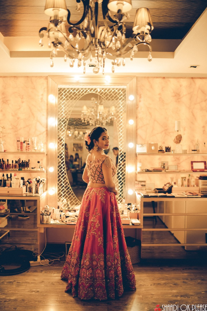 Aesthetic Getting Ready Wedding Photos