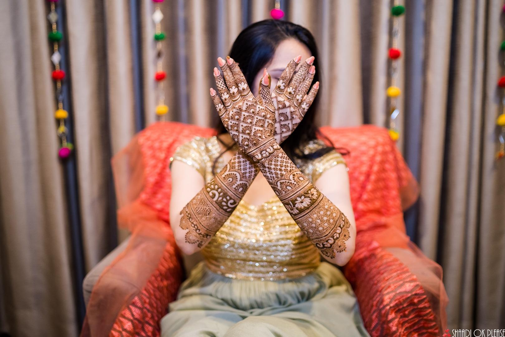 Beautiful Bridal Mehendi Design Ideas