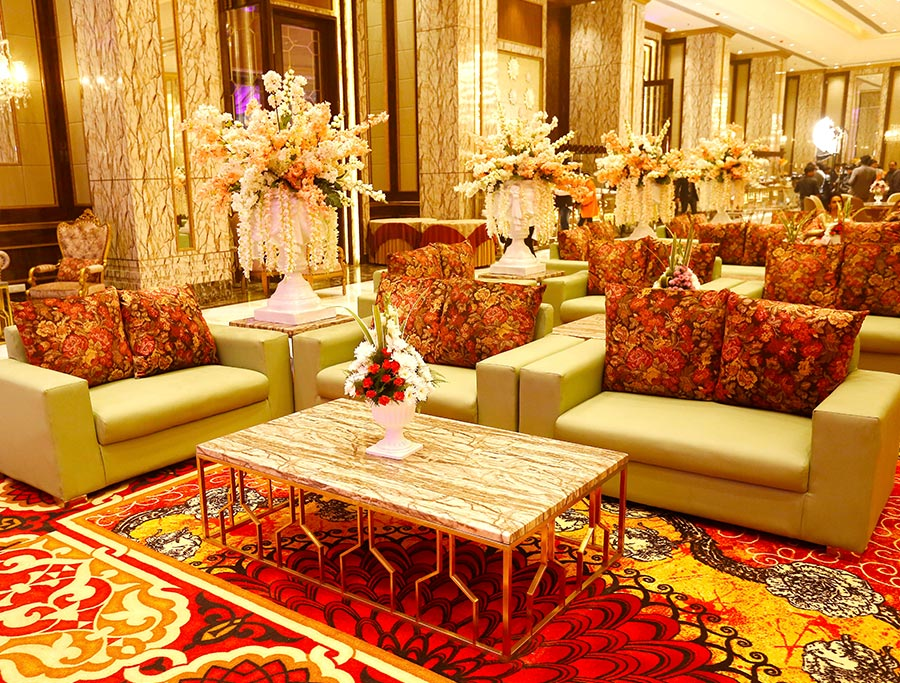 wedding banquet halls in 5 star hotel