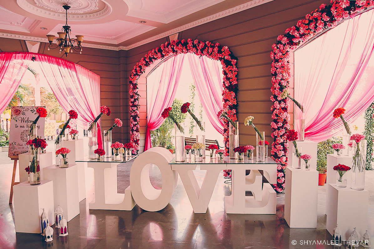 White & Pink Theme Floral Welcome Entrance Decor