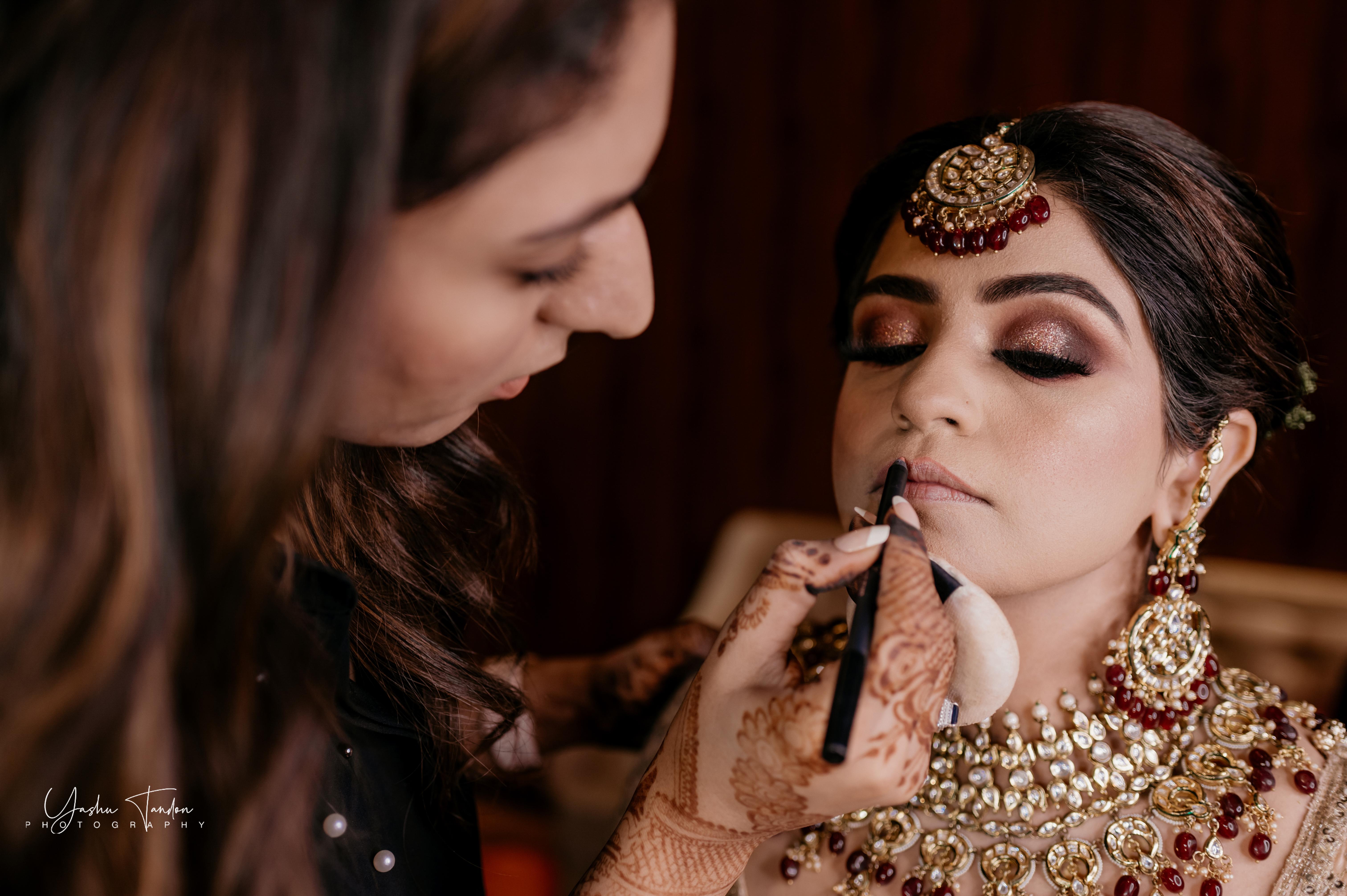 Best Bridal Makeup looks for Minimalist Brides