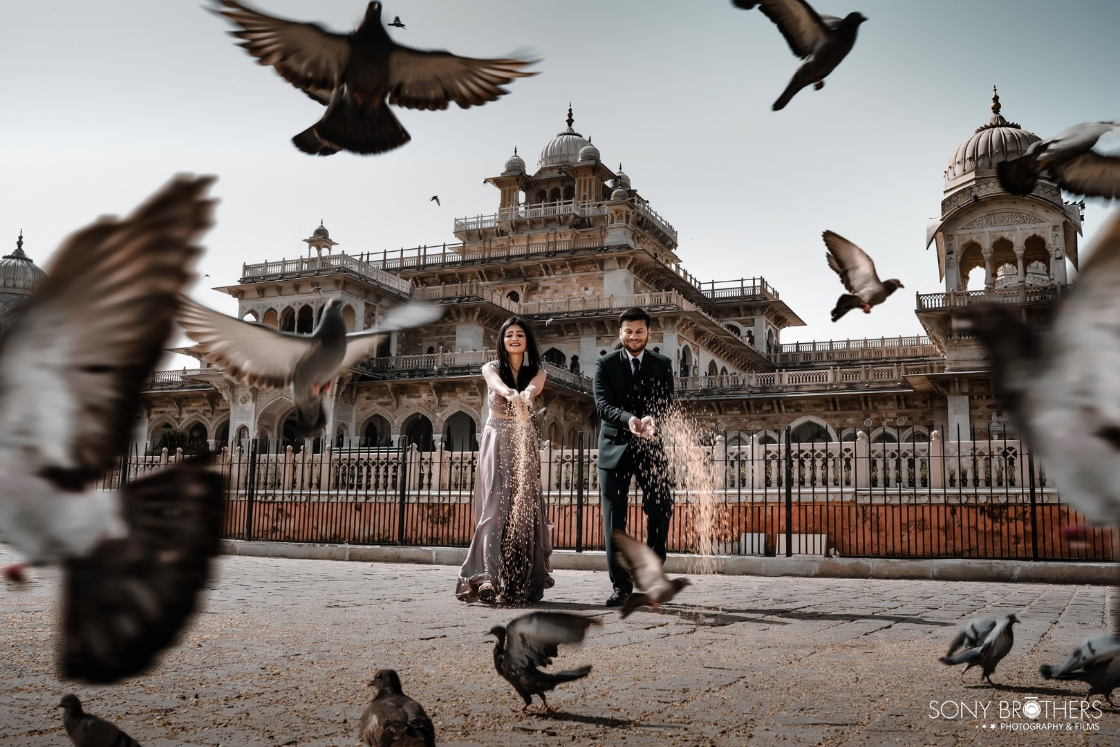picturesque pre wedding shoot with pigeons