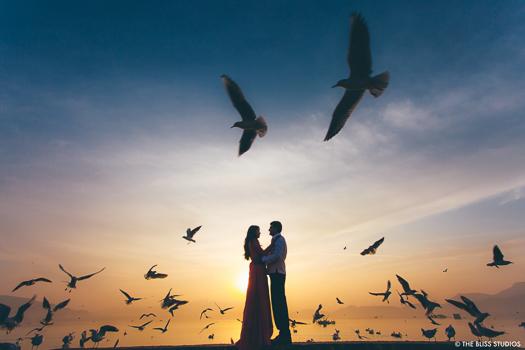 stunning sunset pre wedding shot