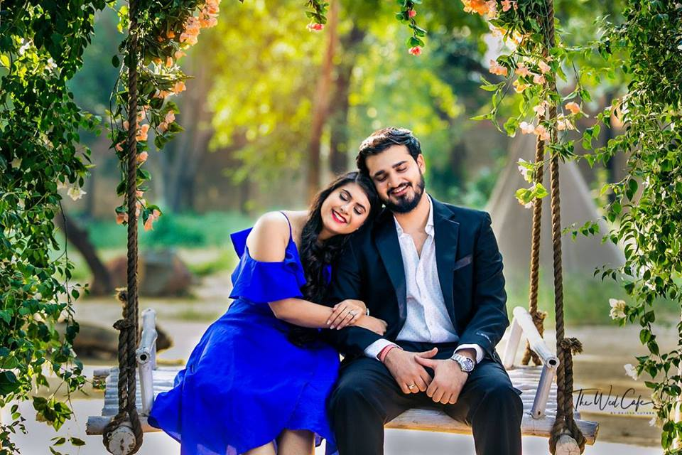 Pre Wedding Shoot in Garden