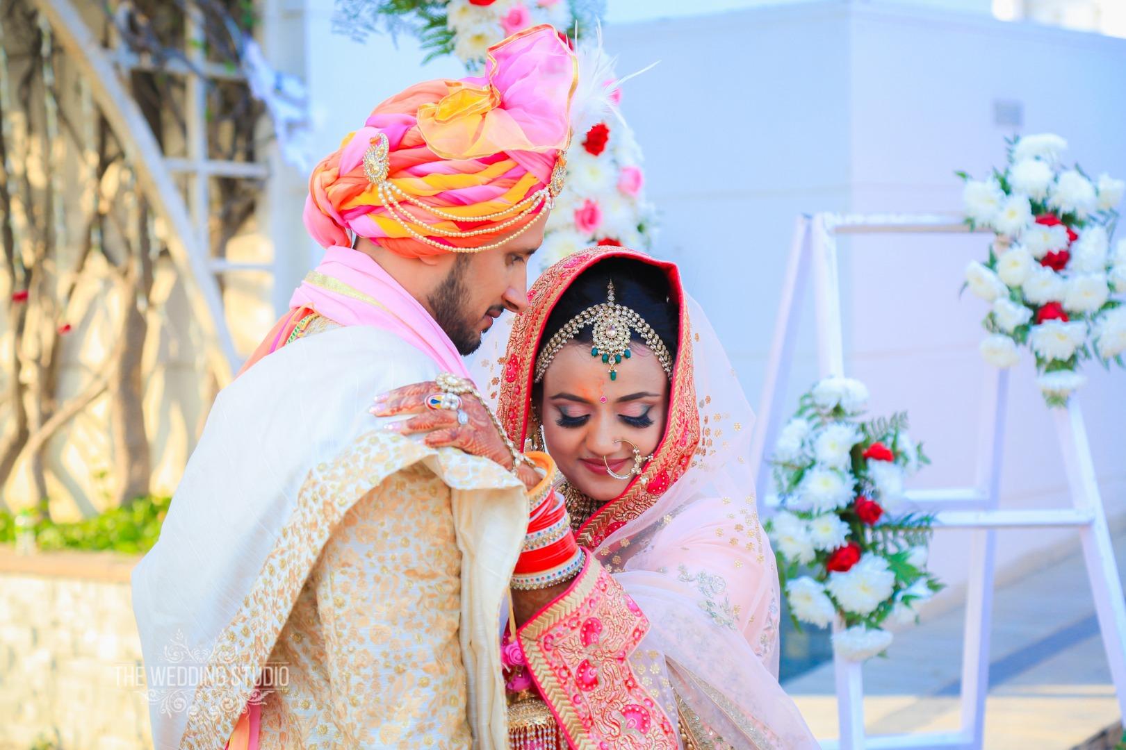 Amazing Post Wedding Photography