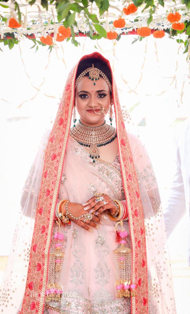 Green Jewellery with Pink Bridal Lehenga