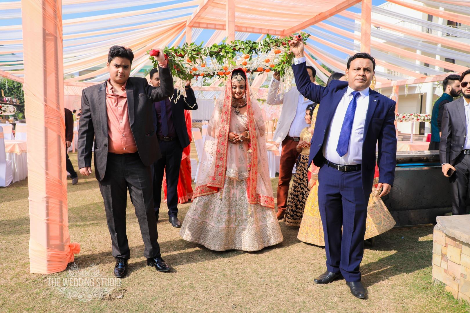 Best Bridal Entry Ideas