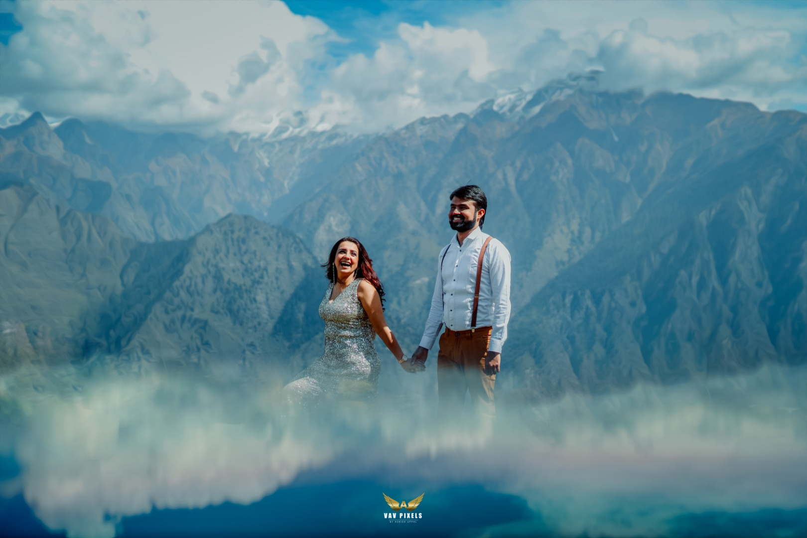 Spectacular Pre Wedding Mountain Photoshoot