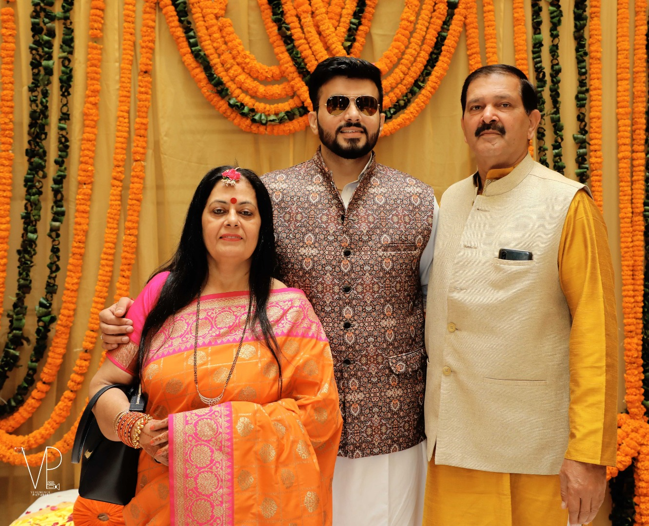 Indian Groom with Parents Pictures