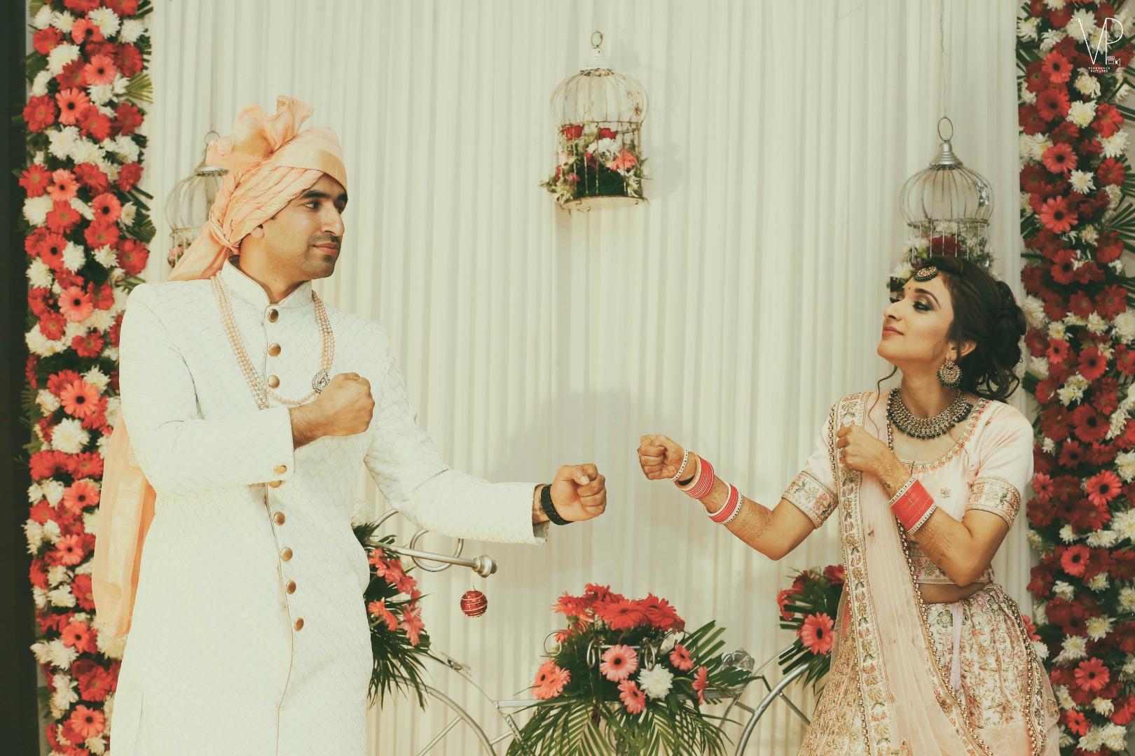 Unique Wedding Couple Poses