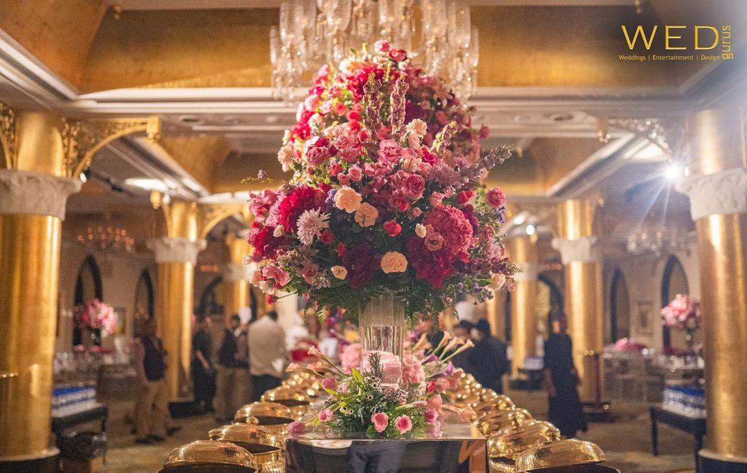 gorgeous floral centrepiece
