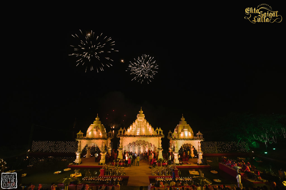 Dome Type Traditional Mandap Decor