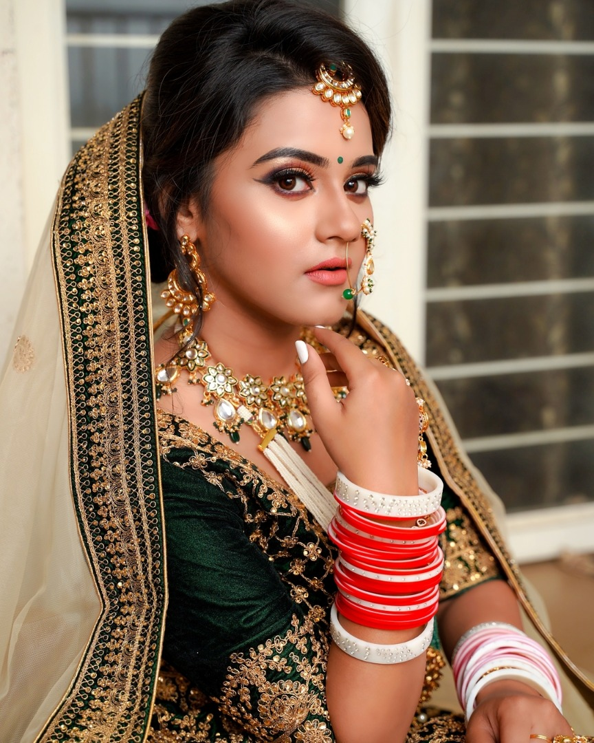 Bridal Jewelry with Green Lehenga