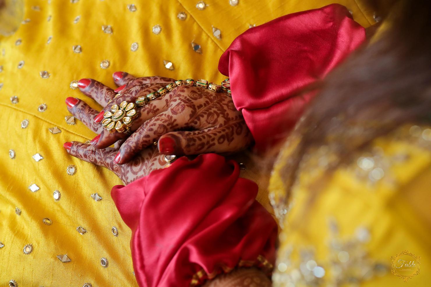beautiful shot of bridal mehendi