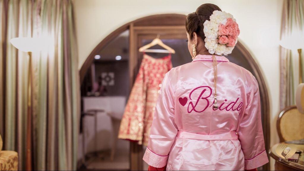 bridal poses image