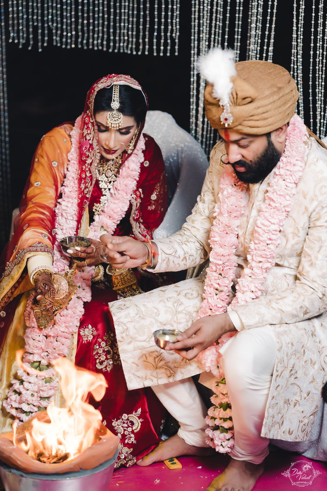 bride and groom wedding pics