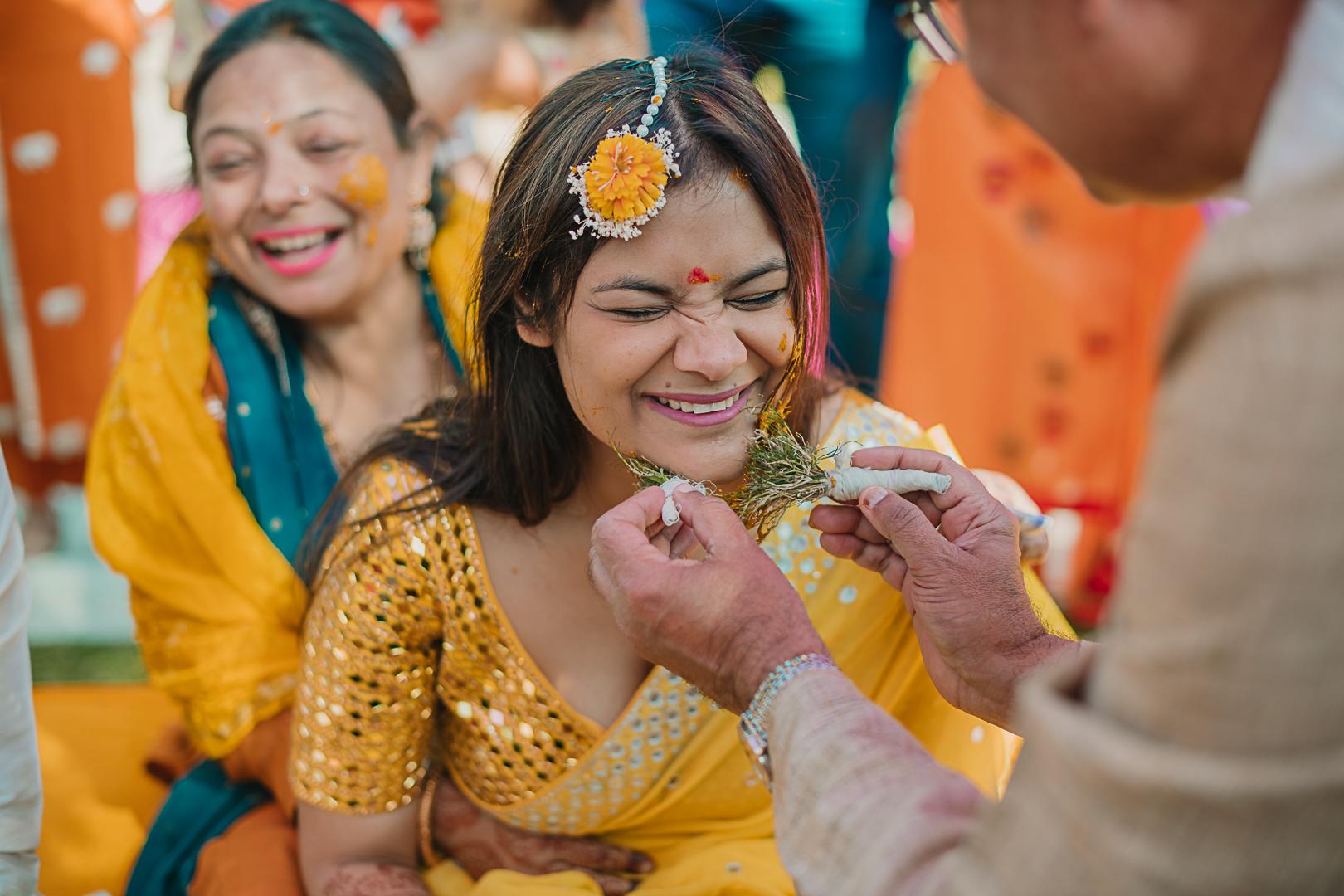 bride at her baan tel ceremony