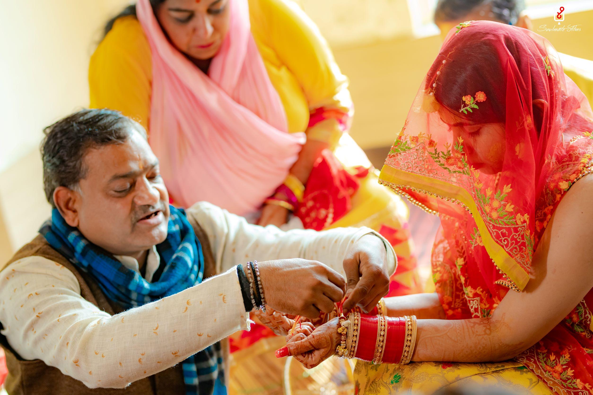 bride at her chooda ceremony