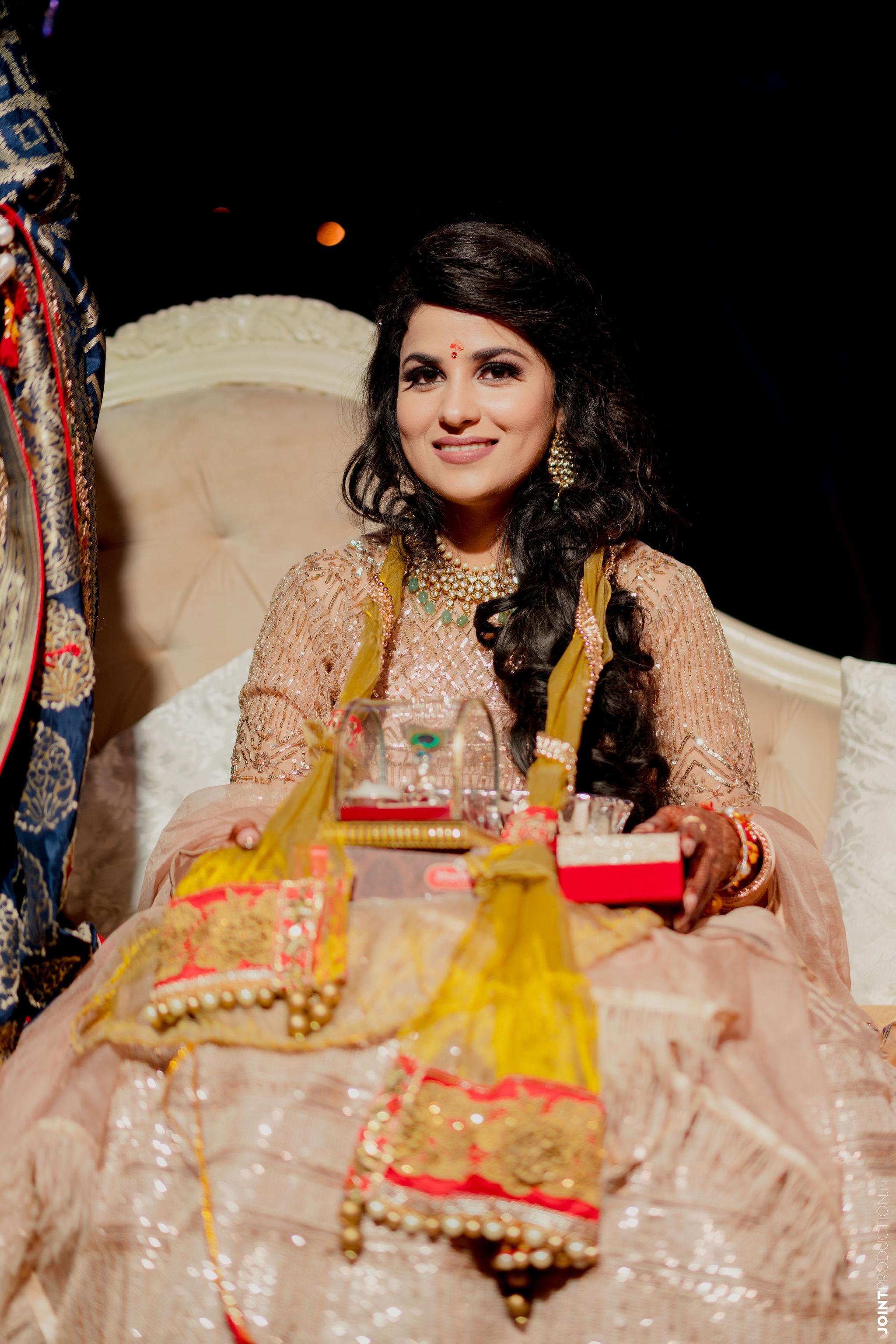bride at her godh bharai