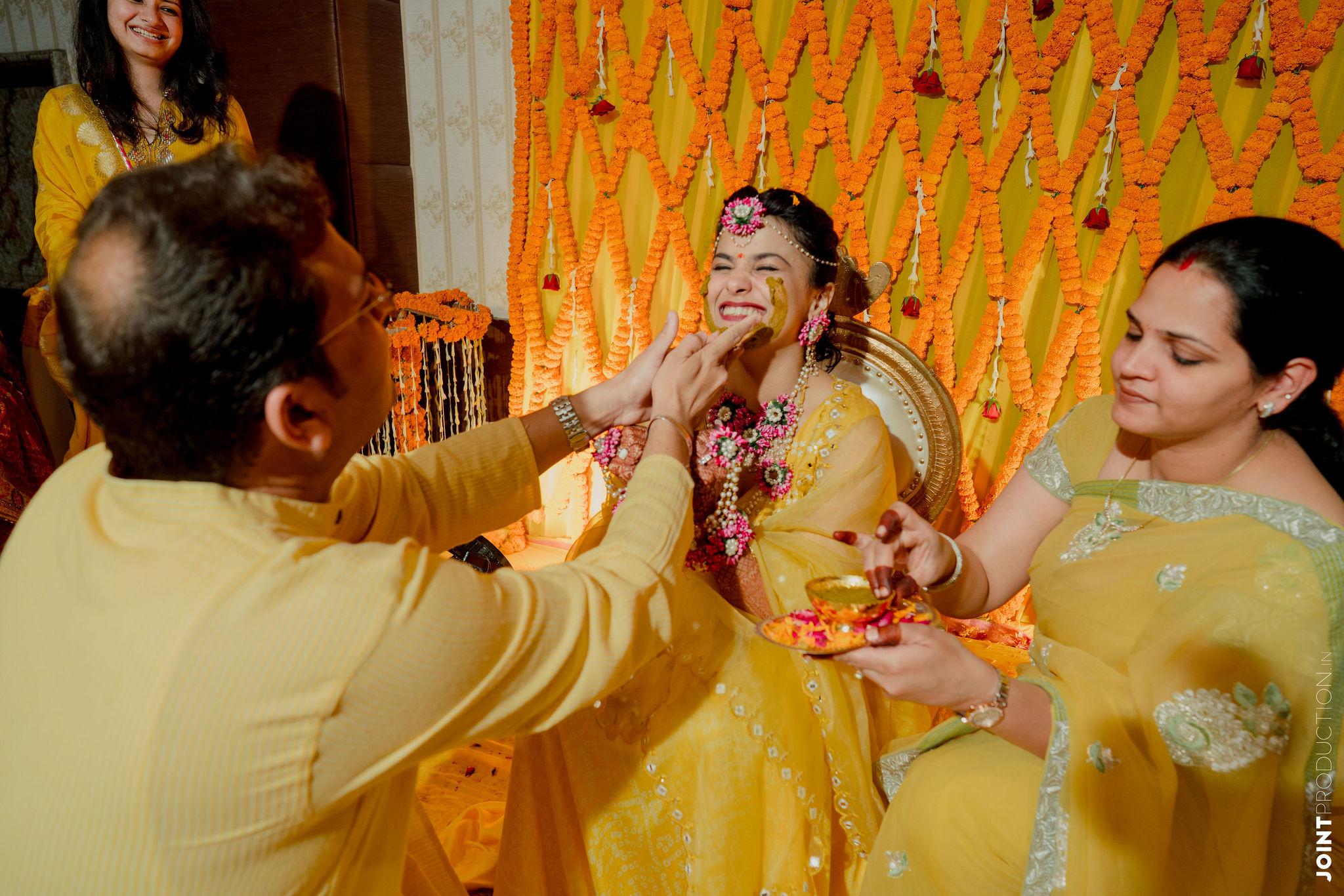 bride at her haldi