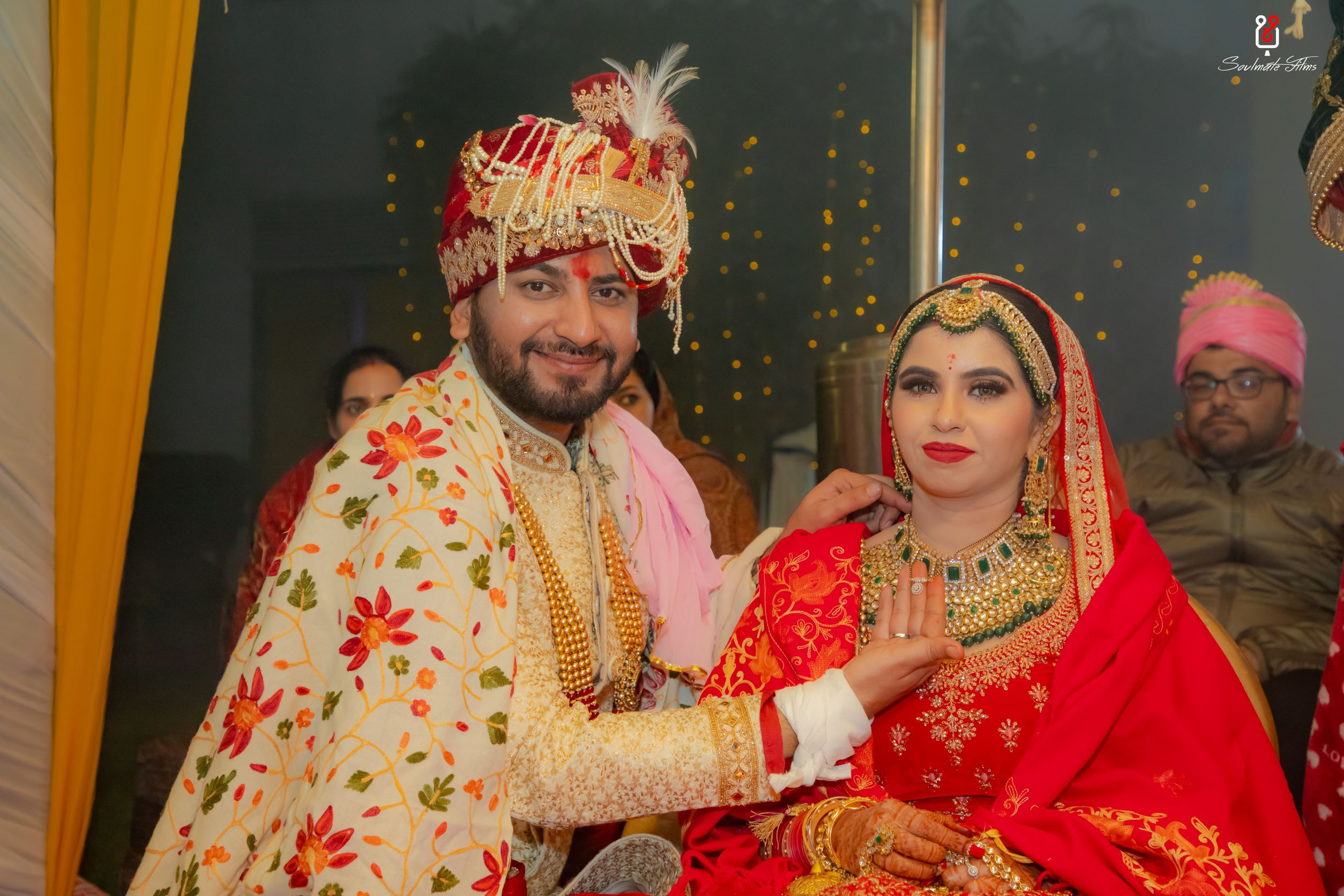 couple at their mangalsutra ceremony
