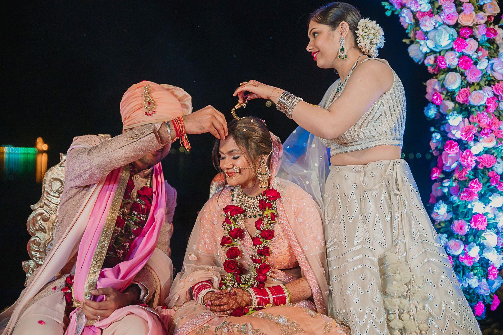 delhi bride at her sindoor ceremony