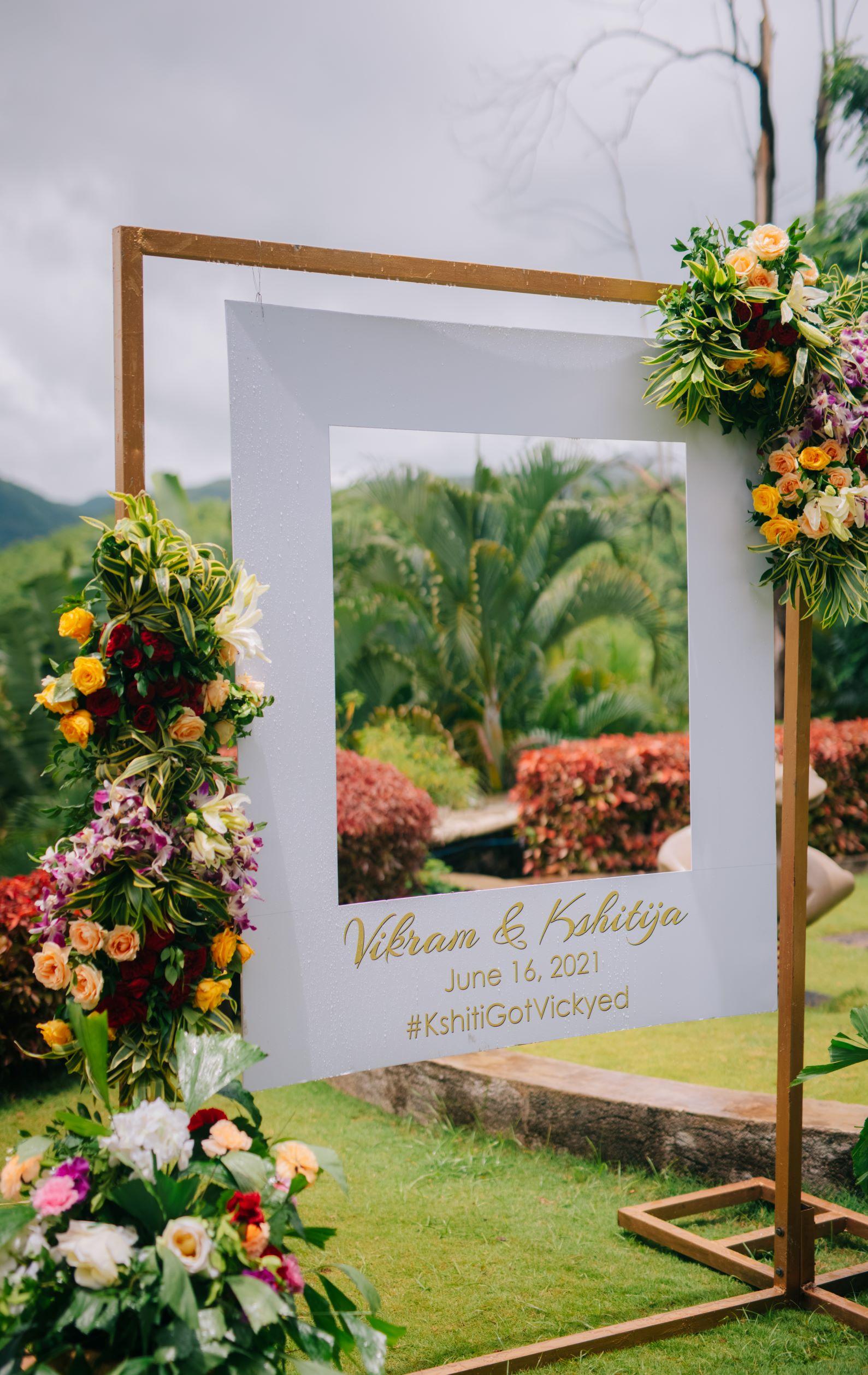 floral signage