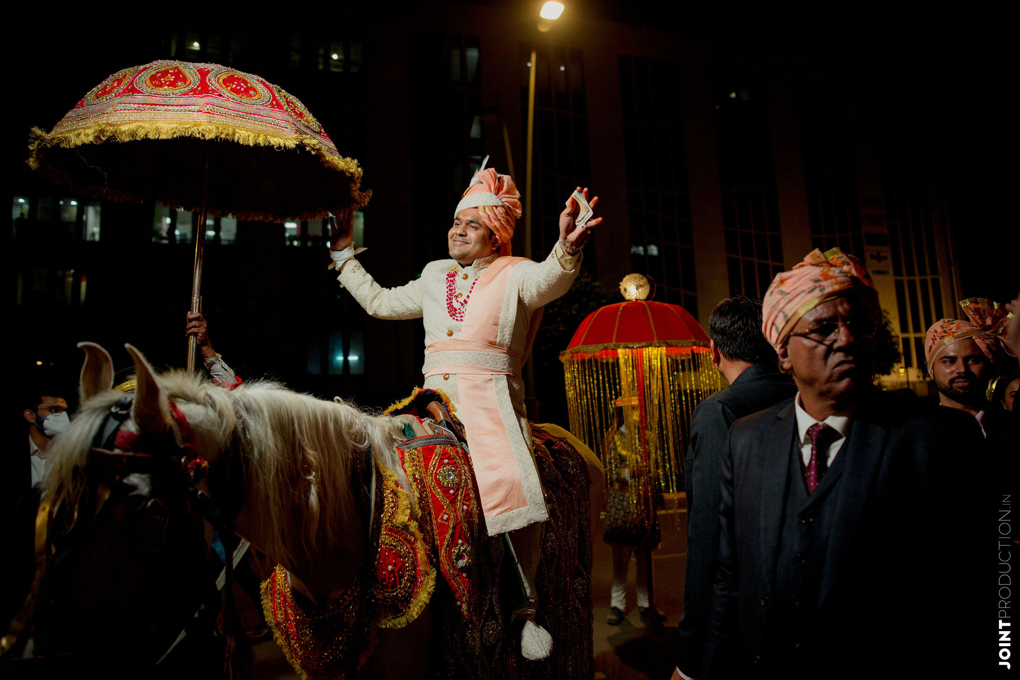 groom enters on a ghodi