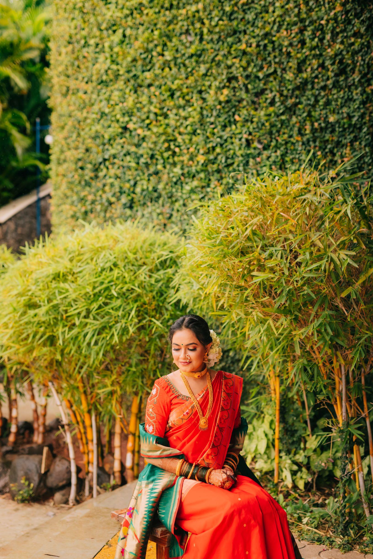 maharashtrian bride in paithani saree