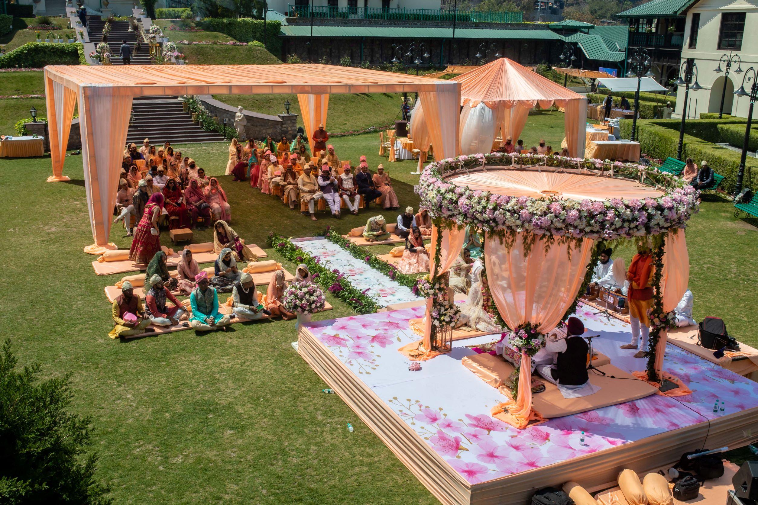 peach floral punjabi wedding decor