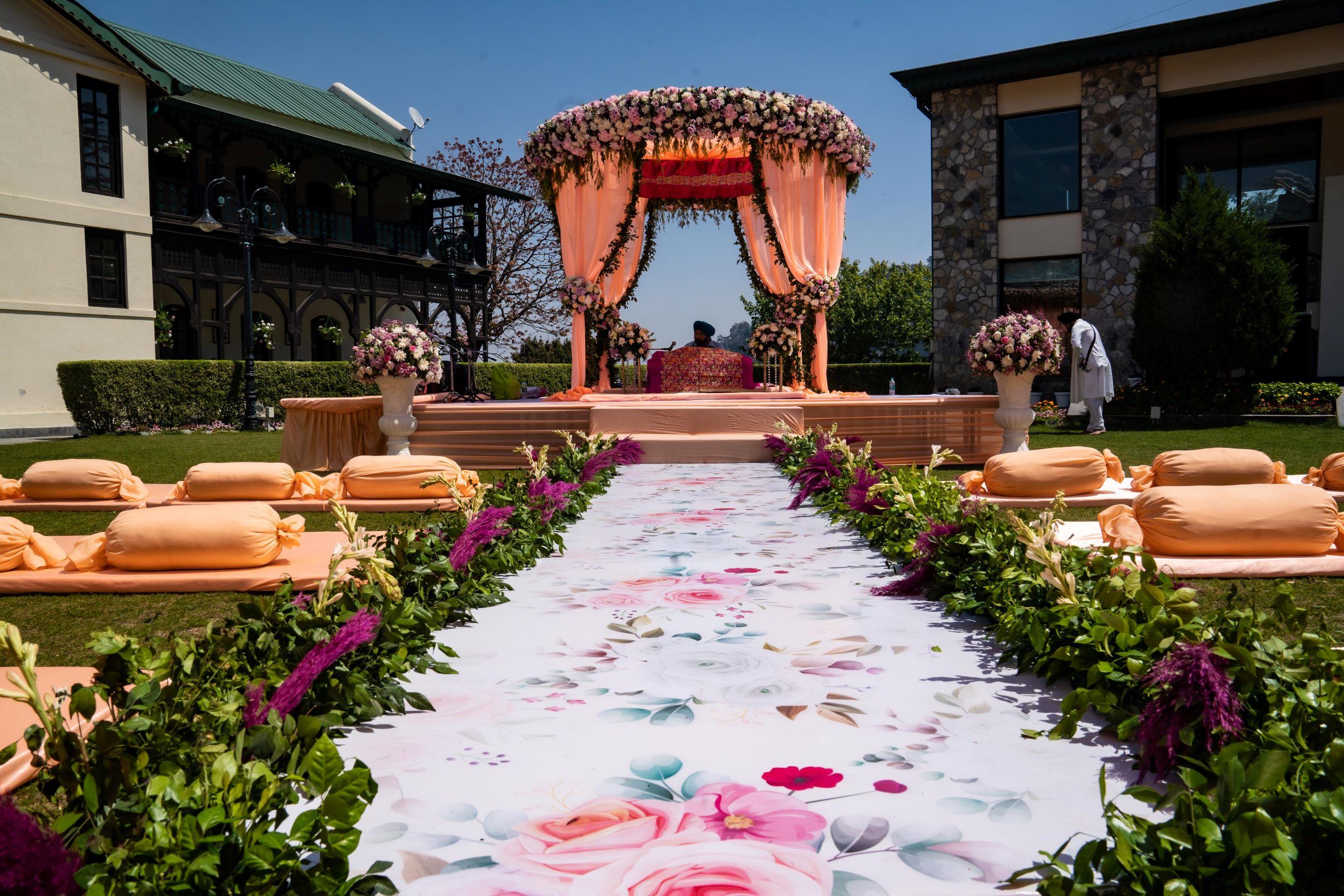 peach floral wedding decor