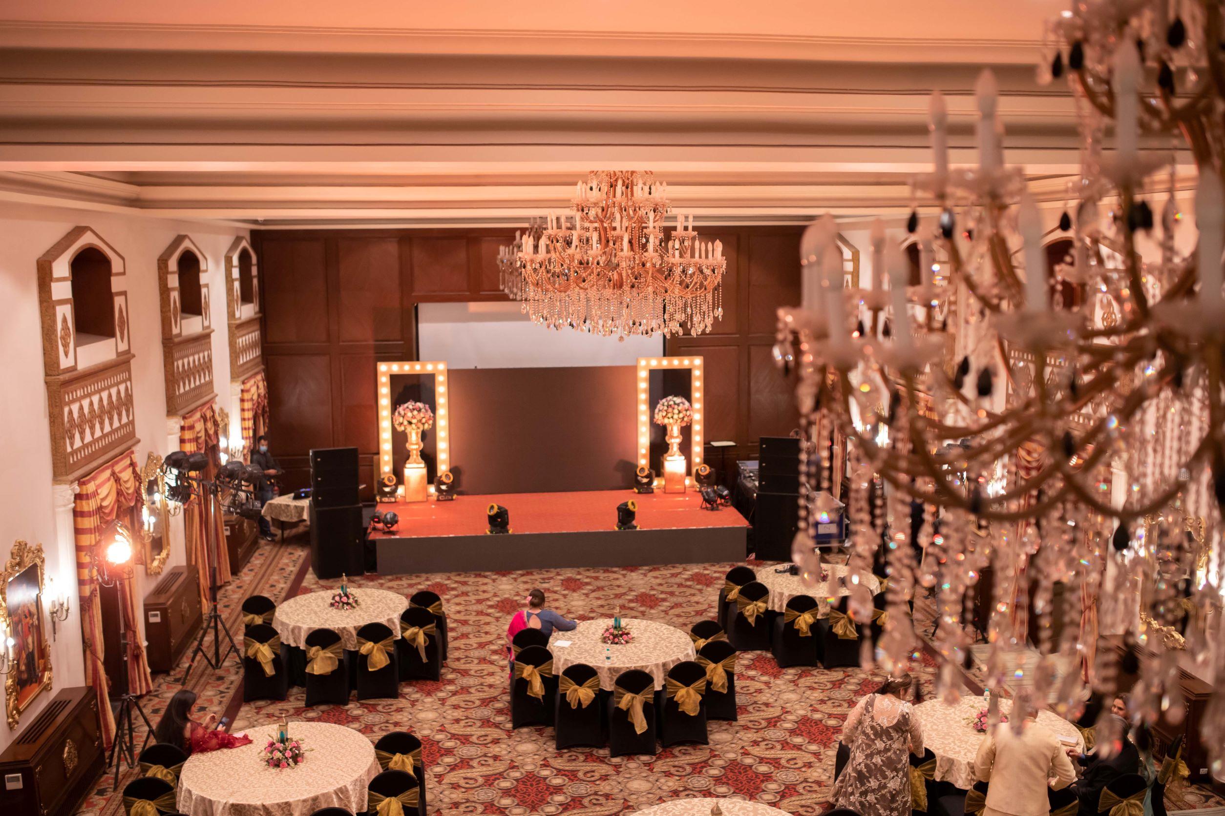 royal indoor sangeet decor