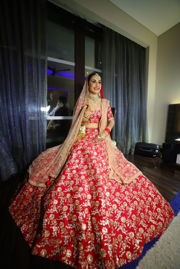 sabyasachi bridal wear (1)