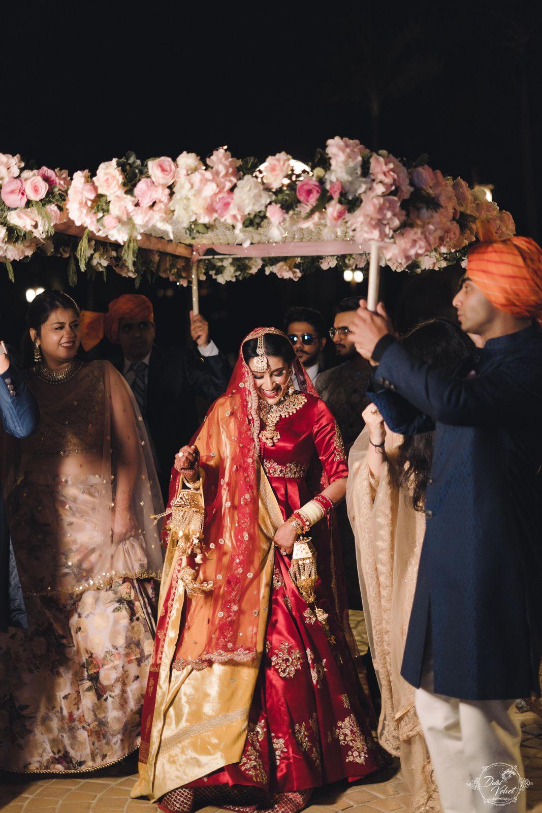 wedding lehenga pic